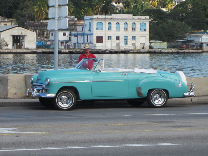 old vintage cars havana cuba